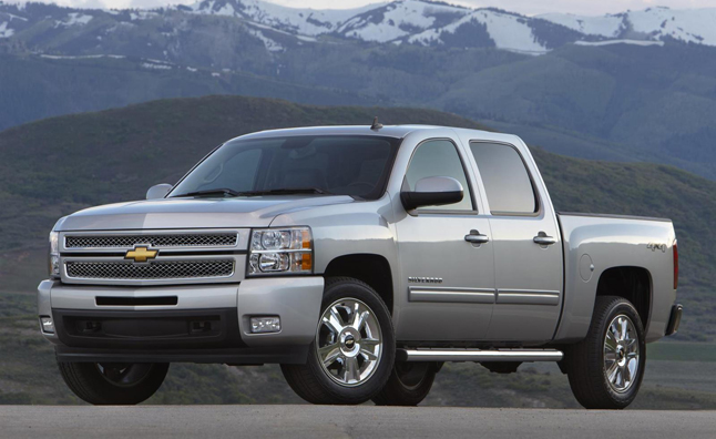 GM Offering Big Incentives to Liquidate Vehicle Stockpiles