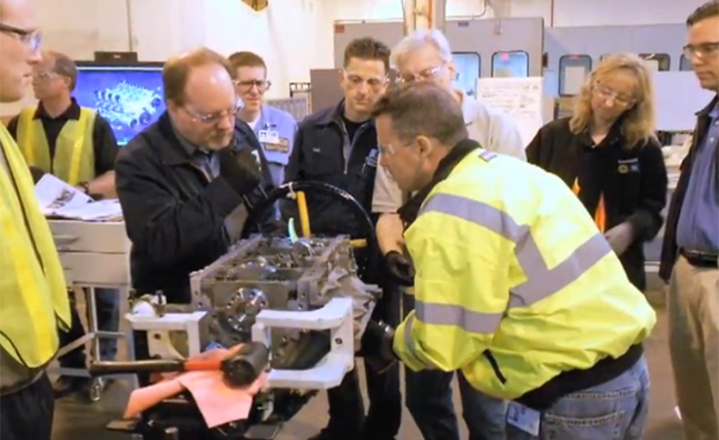 Building the New Chevrolet Corvette LT1 V8 Engine – Video