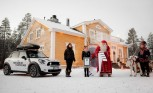 MINI Delivers World Record Wish List to Santa Claus
