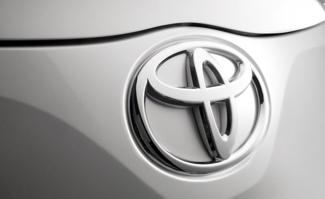 Toyota Predicts Record Sales for 2013