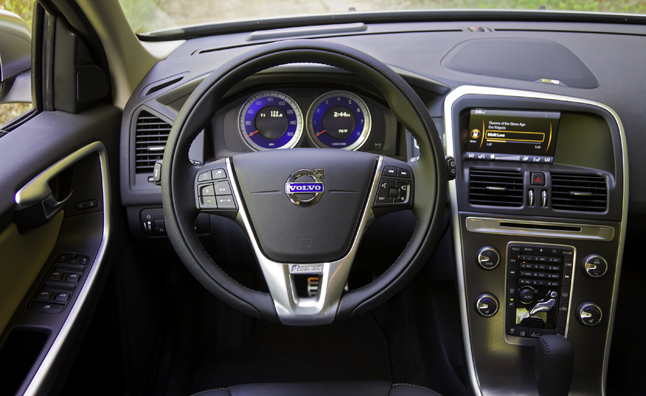Volvo, Ericsson Partner on In-Car Cloud Computing
