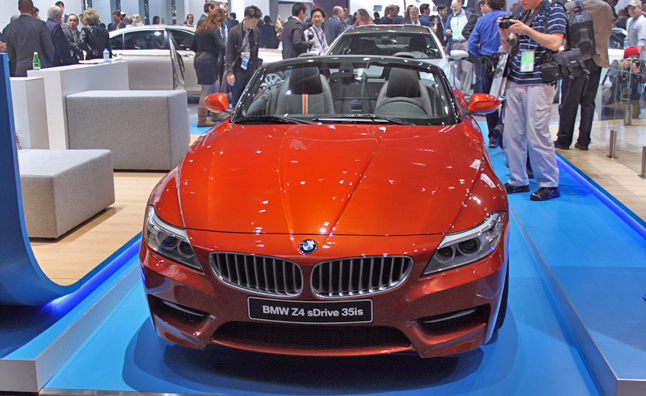 2013 BMW Z4 sDrive 35is Debuts in Hyper Orange
