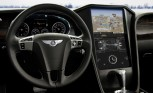QNX Previews Tesla-Sized Touch Screen in a Bentley: 2013 CES
