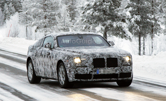 Rolls-Royce Wraith Caught Testing in Spy Photos