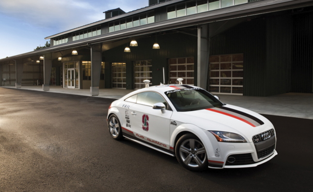 Audi Exhibits Autonomous Driving Tech at 2013 CES