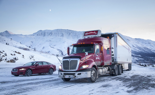 Jaguar XJ AWD Takes on the Arctic Circle – Video