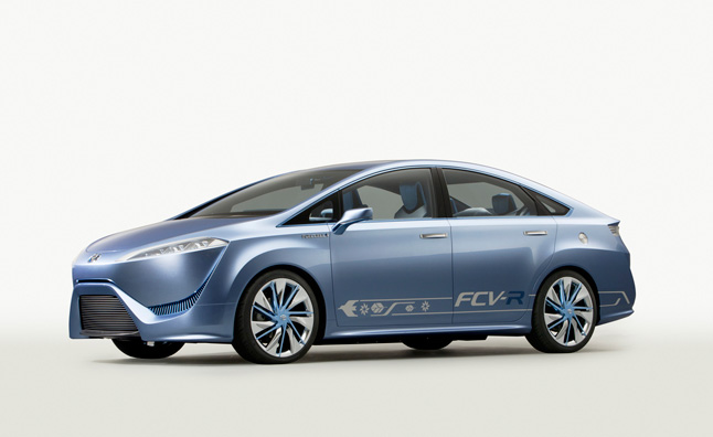 Toyota to Share Fuel Cell Technology with BMW