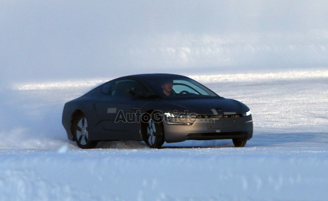 Volkswagen XL1 Spied Playing in the Snow