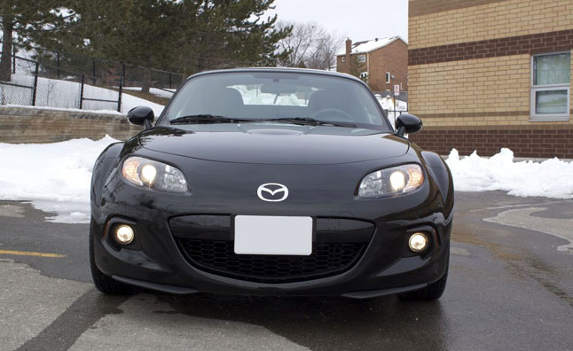 2013-Mazda-MX-5-Club-GS-Hard-Top-11