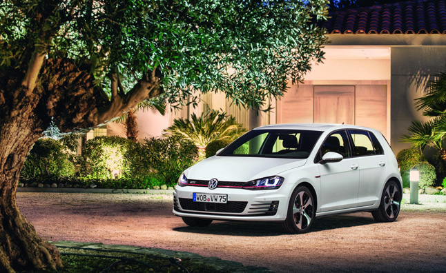 2015 Volkswagen GTI Detailed in Photos – Mega Gallery