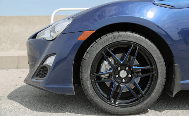 Cooper Zeon RS3-S Ultra High Performance Tire Review