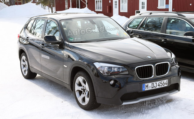 BMW X1 EV Spied, Could Preview First i Series Crossover