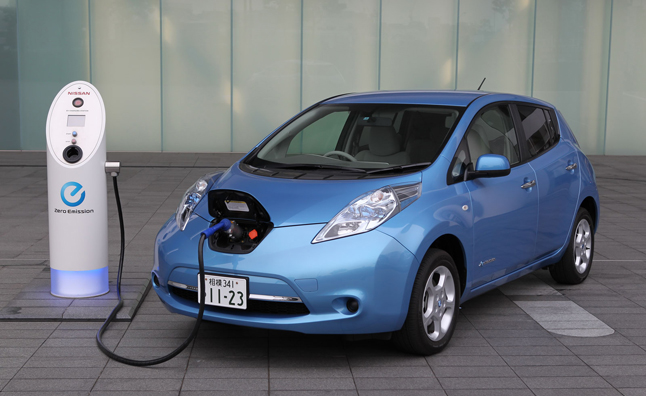 nissan-leaf-on-charger