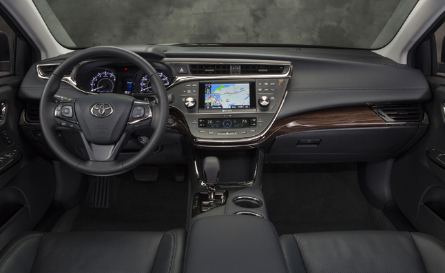 toyota-avalon-interior