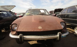 15-1973-Datsun-240Z-Down-On-The-Junkyard-Picture-courtesy-of-Murilee-Martin