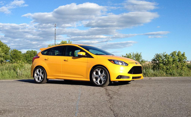 2013-Ford-Focus-ST-beauty