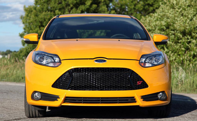 2013-Ford-Focus-ST-grille