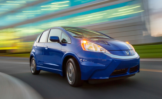 2013-Honda-Fit-EV-front-three-quarter-turn