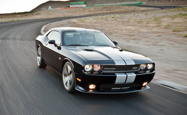 2013-dodge-challenger-srt8