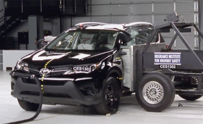 2013 Toyota RAV4 Named IIHS Top Safety Pick – Video