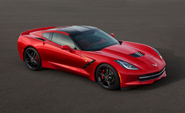 2014 Chevrolet Corvette Stingray Officially Makes 460 HP