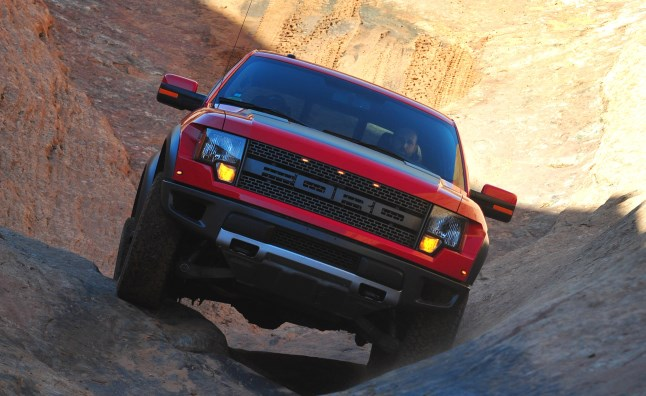 Ford-F-150-SVT-Raptor-02