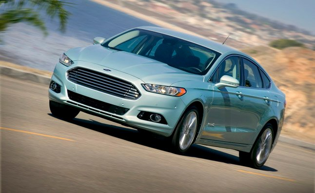 Ford Bests Own Hybrid Sales Number in First Half of 2013