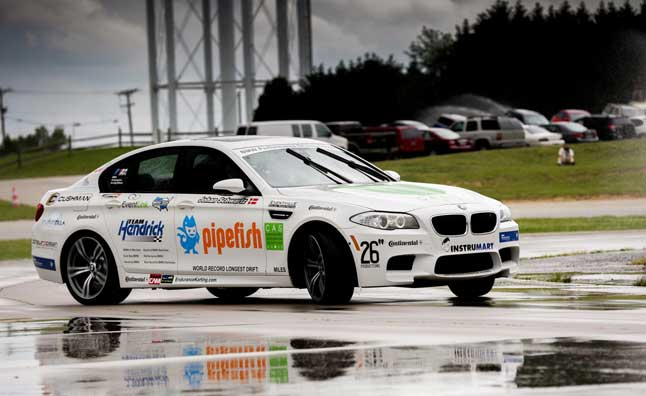BMW M5 Sets Guinness World Record for Longest Drift – Video