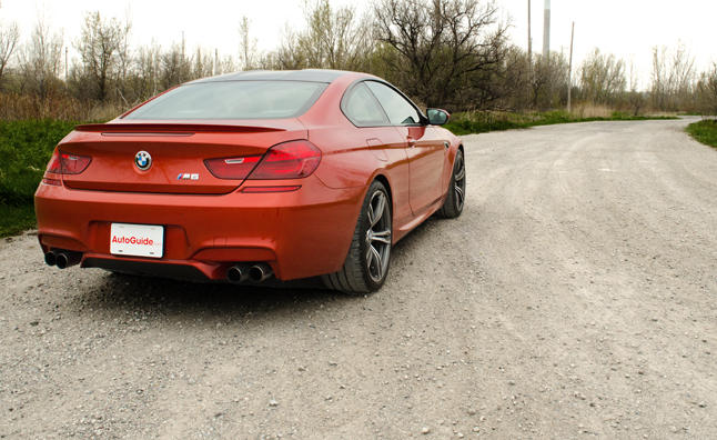 2013-bmw-m6-rear-three-quarter