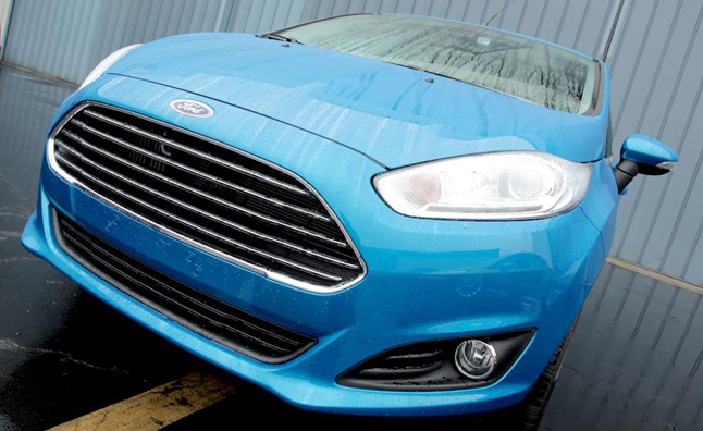 2014-Ford-Fiesta-1L-grille