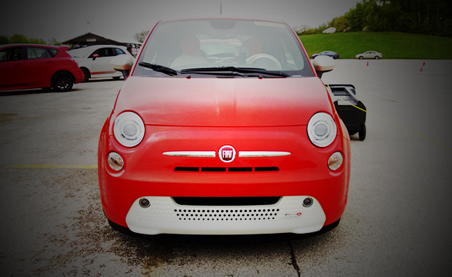 FIVE-POINT-INSPECTION-2013-Fiat-500e-Main-Art