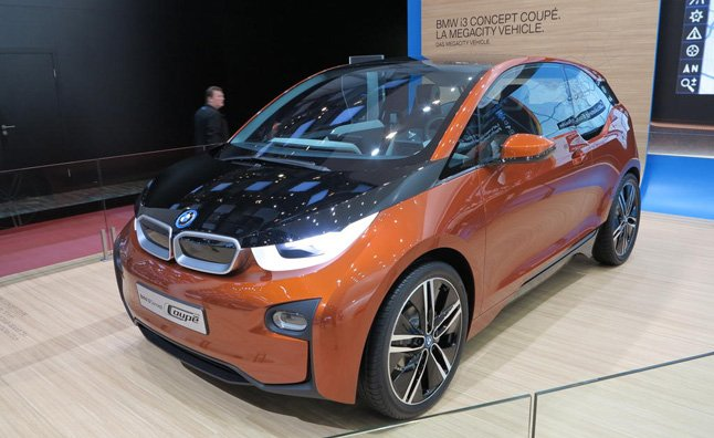 BMW i3 has 100,000 People in Line for Test Drive