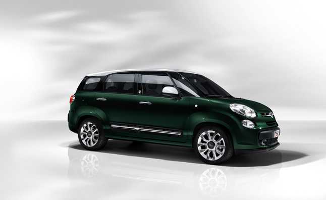Fiat 500L Living Unveiled with Seating for Seven