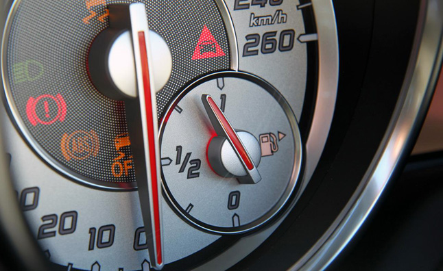 New Car Average MPG Hits 24.8