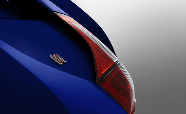 2014 Toyota Corolla Teased Ahead of Official Debut
