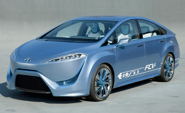 Toyota to Debut Production Fuel Cell Vehicle at 2013 Tokyo Motor Show