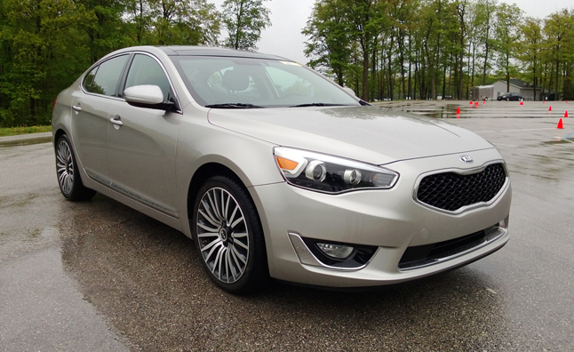 2014-Kia-Cadenza-Five-Point-Inspection-01