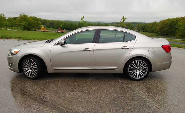 2014-Kia-Cadenza-Five-Point-Inspection-03