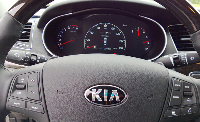 2014-Kia-Cadenza-Five-Point-Inspection-05