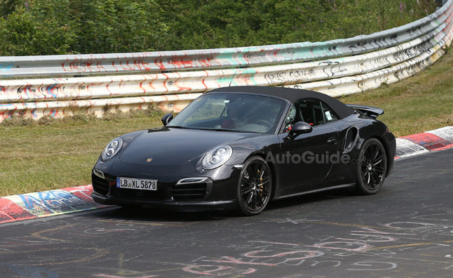 2014-Porsche-911-Turbo-Convertible-spy-photo-02