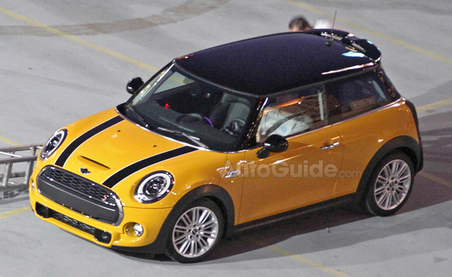 2014 MINI Cooper S Revealed in Spy Photos
