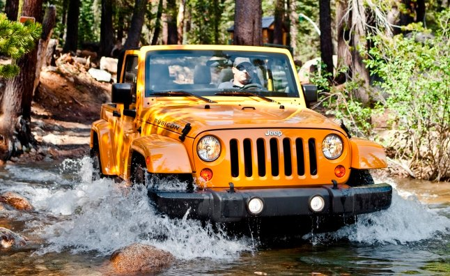 Jeep Wrangler Needs More Engines, Transmissions: CEO