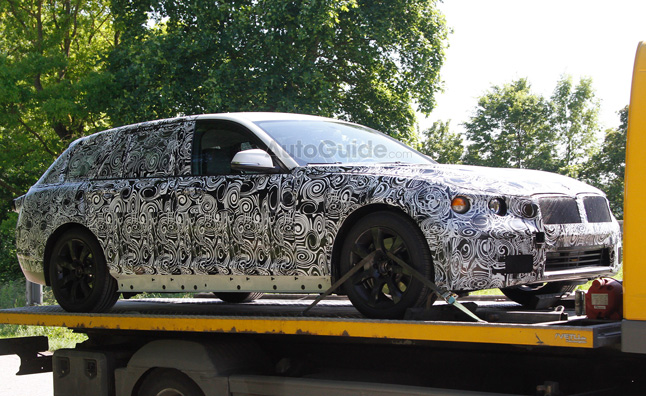 Next-Gen BMW 5 Series Wagon Spotted