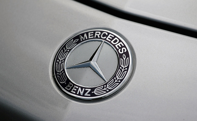 Mercedes Unlikely to Win U.S. Luxury Race: CEO