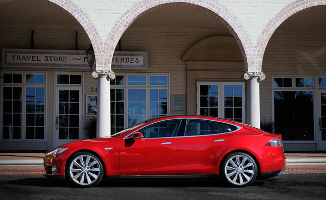 Tesla Orders Could Double Number of EVs in Hong Kong
