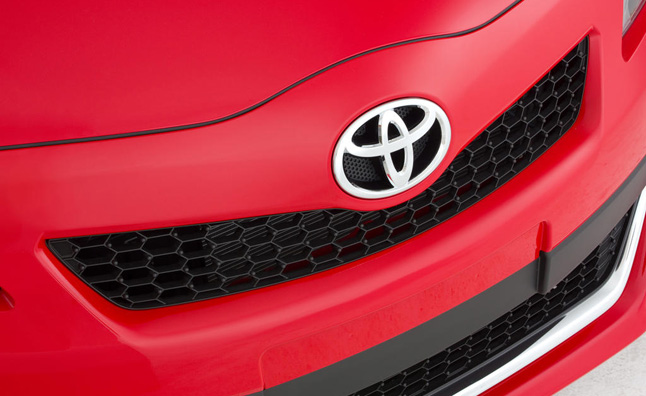 toyota-grille