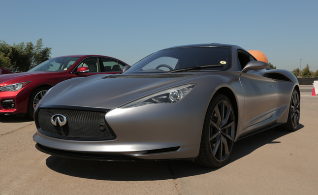 Infiniti Emerg-E Concept First Drive – Video