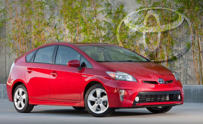 2015 Toyota Prius to Get 55 MPG, Wireless Charging