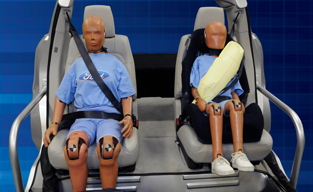 ford-rear-inflatable-safety-belt