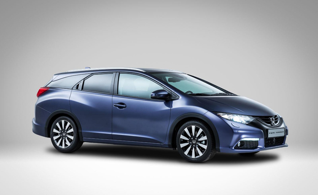 Honda Debuts Civic Wagon… for Europe